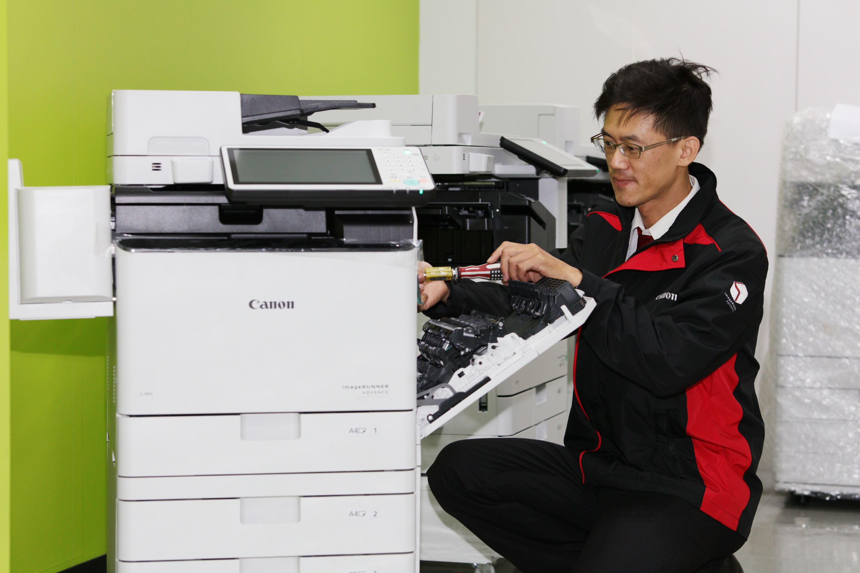 Canon 深耕 B2B 商用市場  專業服務團隊贏得客戶信任