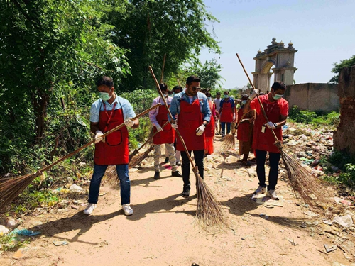 Canon India intensifies its environmental initiatives; organizes a cleanliness drive in Maheshwari village