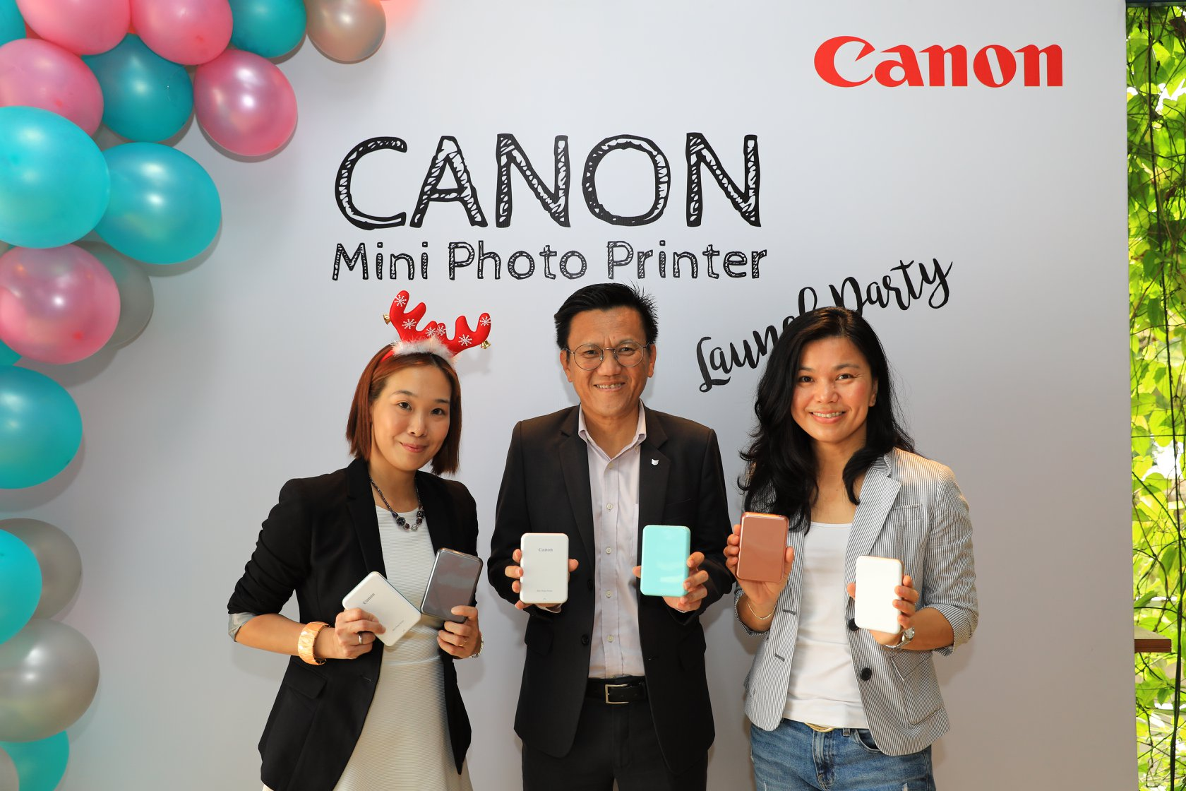 The New Canon Mini Photo Printer Packs a Massive Punch for Creative Fun On The Go